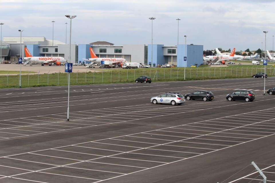 Hire Car To Luton Airport